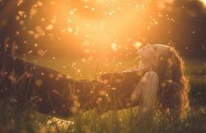 Lady-golden-Field-Heart-Sparkle-300x194