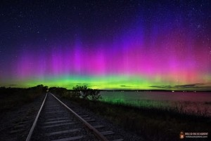 Electric aurora train track